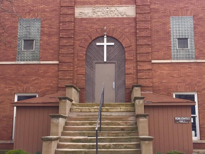 St. Florian School Building - Konsowski Hall - Pudgy's Pizza, Hegewisch - Chicago Pizza Hound