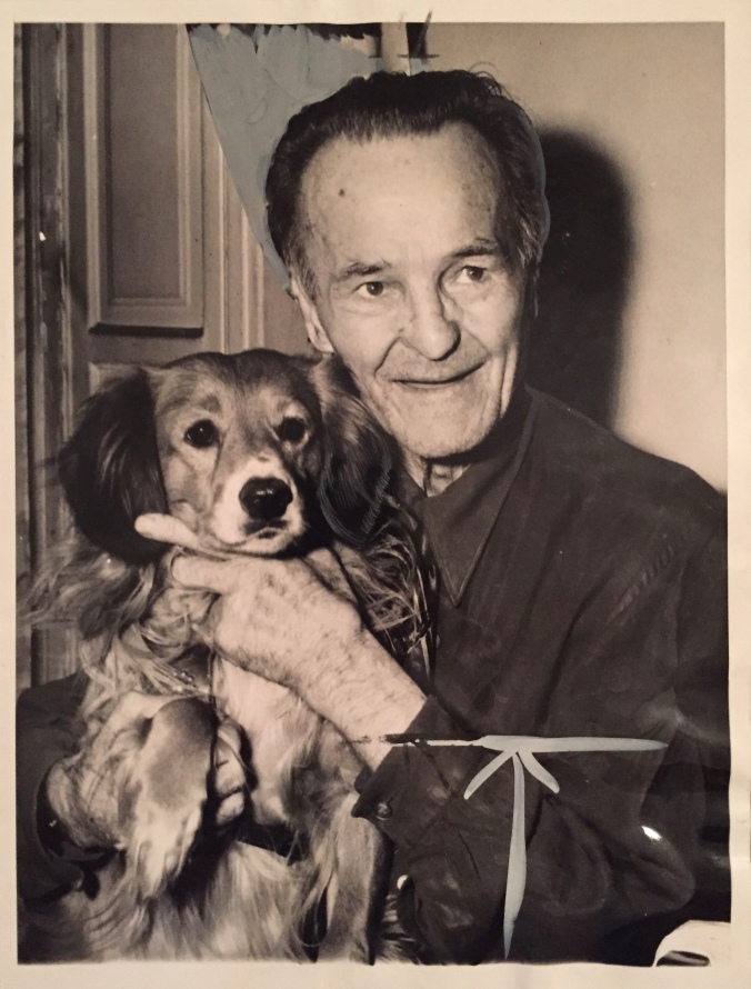 Battling Nelson and his dog, Taffy - Pudgy's Pizza, Hegewisch - Chicago Pizza Hound