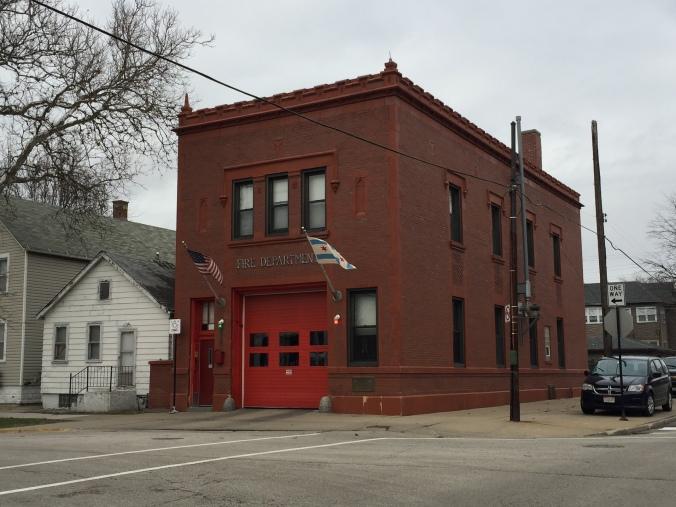 Fire Station - Pudgy's Pizza, Hegewisch - Chicago Pizza Hound